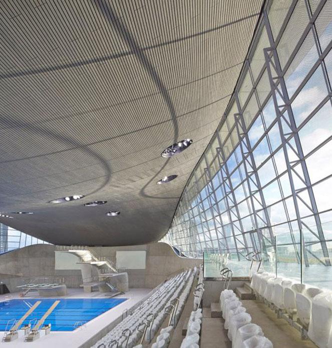 London aquatics centre di zaha hadid architects for Piscine zaha hadid